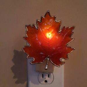 Fall themed Bath & Body Works Wallflower plug